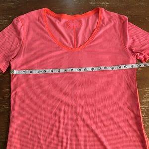 Cute lululemon workout shirt